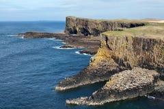 斯塔法岛,苏格兰小岛  免版税库存图片