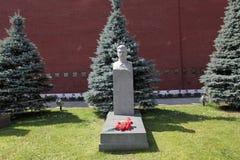 斯大林坟墓bt克里姆林宫墙壁,莫斯科 免版税图库摄影