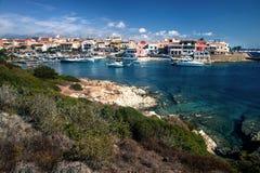 斯廷廷奥海湾看法在一个晴天 免版税库存照片