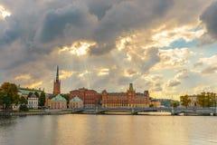 斯德哥尔摩从Vasabron桥梁的市视图 库存照片