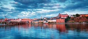 斯德哥尔摩在晚上在夏天 免版税库存照片