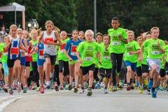 斯德哥尔摩- 8月, 17 :在开始之后的孩子在Mi 免版税图库摄影
