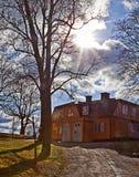 斯德哥尔摩Waldemarsudde,道路后面光在公园a 库存图片