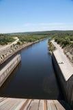 斯托克顿水库水坝溢洪道 免版税库存图片