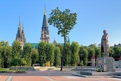 斯捷潘・班杰拉的纪念碑在利沃夫州,乌克兰 免版税库存照片