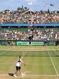 戴维斯杯领带的杰克・索克反对Kooyong草地网球运动俱乐部的澳大利亚 免版税库存图片