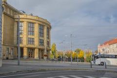 斯洛伐克,布拉索夫- 2017年11月5日,夸美纽斯大学在老镇 图库摄影