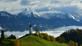 斯洛文尼亚时间间隔录影与薄雾的早晨在谷 影视素材