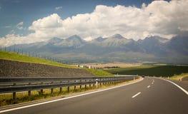斯洛文尼亚,向高Tatras的路 免版税库存图片