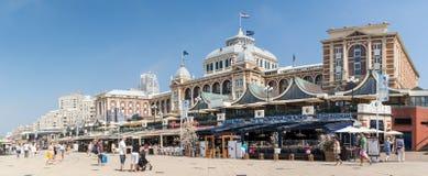 斯海弗宁恩,海牙,荷兰Kurhaus和散步  免版税库存图片