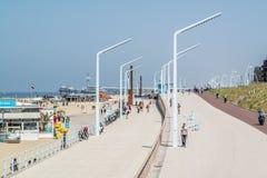 斯海弗宁恩,海牙, Netherlan沿海散步和码头  免版税库存图片
