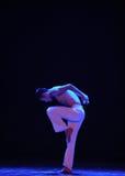 斯特普啼声现代舞蹈 免版税库存照片