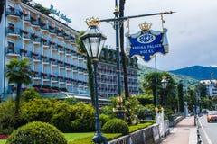 斯特雷萨,意大利- 2016年7月14日 在雷日纳华园大饭店, Maggiore湖的一个镇的斯特雷萨视图 库存图片