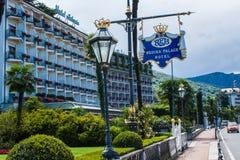 斯特雷萨,意大利- 2016年7月14日 在雷日纳华园大饭店, Maggiore湖的一个镇的斯特雷萨视图 免版税图库摄影