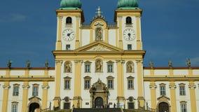 斯瓦迪Kopecek教会的奥洛穆茨,捷克,巴洛克式的建筑学地标的装饰装饰 股票录像