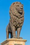 斯科普里桥梁狮子雕象 免版税库存图片