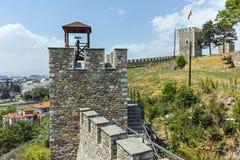 斯科普里,马其顿共和国- 2017年5月13日:斯科普里堡垒无头甘蓝堡垒在老镇 库存照片