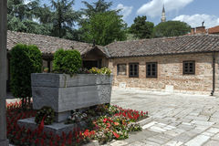 斯科普里,马其顿共和国- 2017年5月13日:耶稣上生的东正教和戈采代尔切夫坟墓在斯科普里 免版税图库摄影