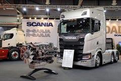 斯科讷R580卡车和V-8引擎 库存图片