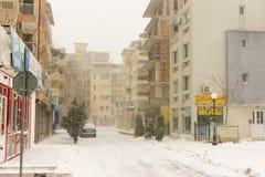 斯诺伊街道镇波摩莱,保加利亚, 12月31日 免版税库存照片