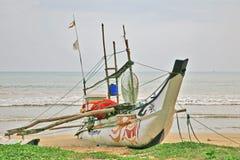 斯里兰卡的海岸渔船  免版税库存图片
