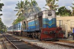 斯里兰卡的火车 免版税库存照片