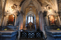 斯洛伐克Sedlec藏有古代遗骨的洞穴 库存照片