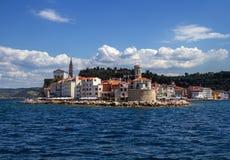 斯洛文尼亚亚得里亚海海岸风景在波尔图卢兹 免版税库存照片