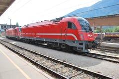 斯洛文尼亚铁路的电力机车 库存图片