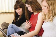 新三名的妇女 免版税库存图片