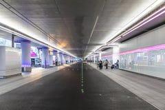 新下降并且在法兰克福国际机场拾起区域 免版税库存照片