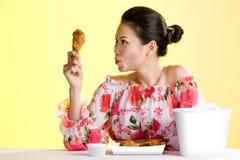 新亚裔美丽的健康的妇女 免版税库存照片