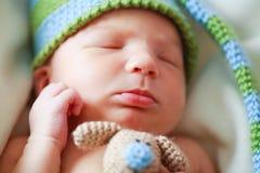 新出生可爱的婴孩 免版税库存图片