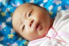 新出生的女婴 图库摄影