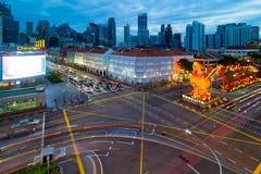 新加坡唐人街2017年农历新年蓝色小时 免版税库存照片