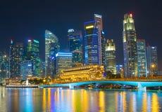 新加坡商业中心夜地平线 免版税库存照片