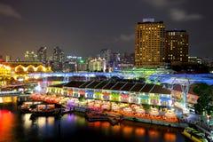 新加坡在晚上之前 库存照片