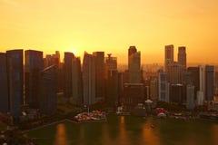 新加坡地平线,小游艇船坞海湾中心商务区 库存照片