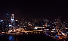 新加坡夜bird& x27; s眼睛视图 库存照片