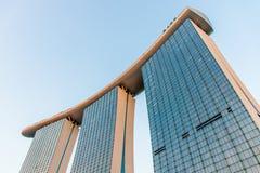 新加坡小游艇船坞海湾沙子和庭院激光展示由海湾 库存图片
