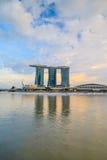 新加坡小游艇船坞海湾沙子和庭院激光展示由海湾 库存照片