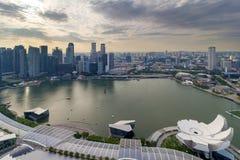 新加坡小游艇船坞海湾都市风景鸟瞰图 图库摄影