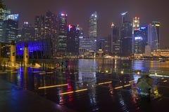 新加坡小游艇船坞海湾铺沙散步事件广场 库存图片