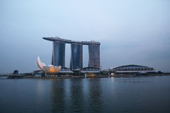 新加坡小游艇船坞海湾铺沙旅馆 库存图片