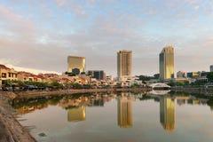 新加坡小船码头地平线在早晨 免版税库存照片