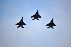 新加坡执行空中分列式的空军队F15-SG共和国在国庆节游行(NDP)排练期间2013年 免版税库存图片