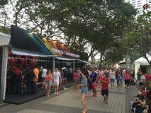 新加坡格兰披治F1 2015商品摊位 图库摄影