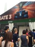 新加坡格兰披治F1 2015年由小游艇船坞海湾,新加坡的安全入口 免版税图库摄影