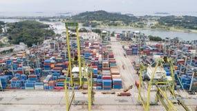 新加坡港的空中风景  免版税库存照片