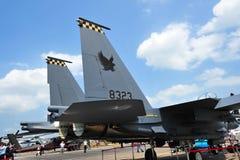 新加坡空军队(RSAF) F-15SG孪生引擎空气优势在显示的喷气式歼击机共和国在新加坡Airshow 免版税库存图片